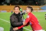 Trợ lý Lee Young Jin dự khán, động viên học trò sau trận Hà Nội FC vs Than Quảng Ninh