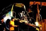 Ôtô khách đối đầu xe buýt, 1 người chết, 6 người bị thương