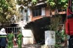 Cháy lớn xưởng sản xuất ghế sofa ở Hà Nội: Chồng gặp nạn khi đến thăm vợ con