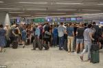 Sân bay Đức phải hủy chuyến, cảnh sát vũ trang ập tới vì một món đồ chơi