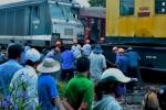 Video: Nhân chứng kể phút kinh hoàng hai đoàn tàu đấu đầu ở Quảng Nam