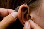 Nữ bác sĩ bị điếc hoàn toàn 2 tai được cứu nhờ kỹ thuật mới