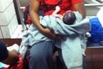 Bé gái chào đời trên chuyến tàu Nam - Bắc