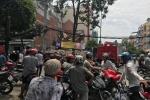 Sập nhà đang tháo dỡ ở TP.HCM, 1 người chết, 2 người bị thương