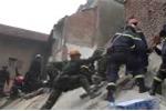 Tin mới nhất vụ sập nhà 4 tầng ở Hà Nội: Nạn nhân cuối cùng được đưa ra ngoài