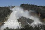 Đập thủy điện cao nhất nước Mỹ có thể vỡ, hàng ngàn người sơ tán khẩn cấp