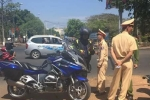 Xe phân khối lớn tông trúng người phụ nữ rồi bỏ chạy trên đường Hồ Chí Minh