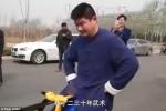 Video: Dùng 'của quý' kéo ô tô nặng chục tấn, võ sư Trung Quốc gây sốc
