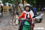 Video: Người Hà Nội mặc áo ấm ra đường trong tiết trời gió mùa