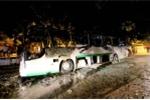 Xe khách cháy rụi sau khi đưa đoàn khách nước ngoài tham quan Nha Trang