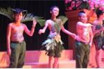'Chiến sĩ nhí' tự tin trình diễn catwalk, biểu diễn võ thuật đẹp mắt