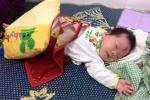 Bé gái 3 tháng tuổi bị bỏ rơi ở ngã ba đường cùng lá thư của người mẹ