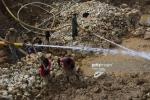 Khám phá nghề đào ruby trên 'thánh địa đá quý' ở Myanmar