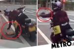 Clip: Ngồi trong ô tô xả rác ra đường, bị nữ biker dạy bài học nhớ đời
