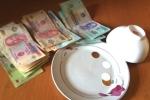 Đánh bạc ăn tiền, nữ cán bộ Ban Tuyên giáo tỉnh Kiên Giang bị khai trừ Đảng