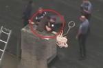 Ăn trộm bị mắc kẹt trong ống khói, đạo chích gọi cảnh sát đến cứu