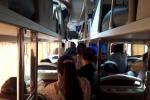 Xe khách dịp 2/9: Nhồi nhét như... xe chở lợn, tăng giá vô tội vạ
