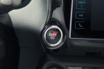 Toyota ra mat Hilux GR Sport, chi ban 420 chiec o thi truong Brazil hinh anh 2