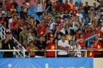 My nhan 'Nong cung World Cup' ruc ro tren khan dai, tiep lua U23 Viet Nam hinh anh 9