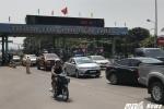 Dân mua vé bằng tiền lẻ, trạm thu phí cầu Bến Thủy giảm 100% giá vé