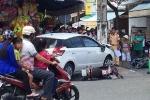 Xe tang vật gây tai nạn liên hoàn trên phố: Chủ ô tô đòi công an bồi thường tiền mặt