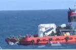 Video: Vớt được hộp đen Casa-212 và 2 thi thể phi hành đoàn