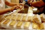 Giá vàng 'giậm chân tại chỗ', giá USD vọt tăng