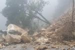Sạt lở đất đá, vùi lấp 4 người ở Sơn La