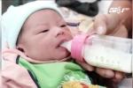 Video: Người phụ nữ 42 tuổi đẻ rơi con trong nhà vệ sinh