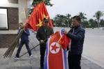 Anh: Quang Ninh treo co trong dem don phai doan Trieu Tien tham vinh Ha Long hinh anh 3