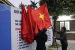 Anh: Quang Ninh treo co trong dem don phai doan Trieu Tien tham vinh Ha Long hinh anh 4