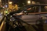 Đâm liên hoàn ở cầu vượt Thái Hà: Vợ tài xế taxi khai gì?