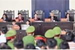 Xét xử ông Phan Văn Vĩnh và đồng phạm: Dùng xe cẩu chuyển hồ sơ vụ án, không bị cáo nào kêu oan