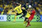 Danh thủ Nguyễn Hồng Sơn: Phá lối chơi Malaysia, tuyển Việt Nam không được nóng vội