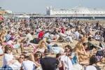 Đại sứ quán Nga: Tại Anh ngay cả nắng nóng cũng do lỗi của Nga