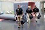 Cận cảnh đội mật vụ bảo vệ Tổng thống Trump