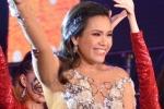 Phương Vy xuất hiện từ trên cao, cùng loạt nghệ sĩ Việt 'cháy' hết mình với hơn 50.000 khán giả
