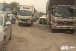 Ảnh: Xe cộ chạy rầm rập trên con đường Giám đốc Sở GTVT TP.HCM nói 'hỏng do không có xe đi'