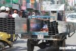 Ảnh: Xe 'máy chém' lộng hành khắp phố Sài Gòn dịp cận Tết