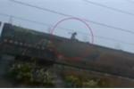 Video: Trốn 'yêu râu xanh', bé gái 12 tuổi nhảy xuống từ sân thượng nhà 4 tầng