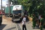 Hiện trường container đâm ô tô khiến nhiều người thương vong ở Tây Ninh