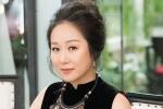 Hà Nội nóng kỷ lục, Ngô Phương Lan vẫn rạng rỡ diễn thời trang gây quỹ từ thiện