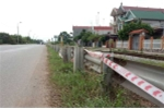 Hộ lan đường sắt bị lắp ngược, như dao sắc lẹm trên quốc lộ ở Bắc Giang