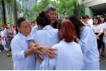 Cả bệnh viện khóc nghẹn tiễn Giáo sư Nguyễn Anh Trí về hưu: Chuyện thường sao lạ lùng giữa thời nay?