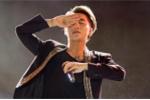 Video: Sơn Tùng ngừng hát, ra về vì sân khấu hỗn loạn ở Hưng Yên