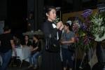 Phi Nhung, Quyen Linh nghen ngao den vieng nghe si Thanh Hoang luc toi muon hinh anh 7