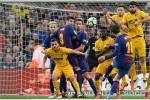 Messi lập siêu phẩm đá phạt, Barcelona khuất phục Atletico Madrid