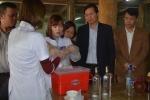Hà Nội tuyên chiến rượu độc: Phát hiện 6 chum rượu không nhãn mác tại một nhà hàng