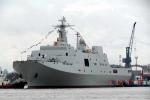 Ảnh: Hé lộ chiếc tàu đổ bộ lớp 071 thứ 3 của Trung Quốc