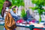 Chuyện lạ: 'Tự sướng' để miễn phí du lịch vòng quanh thế giới